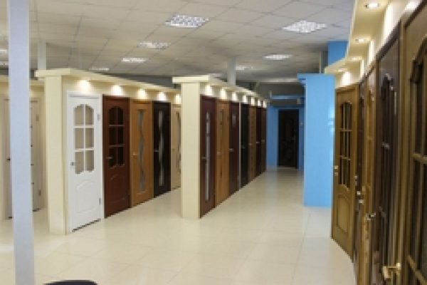 1.магазин дверей