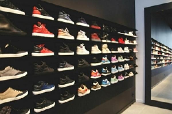 19.франшиза спортивной обуви